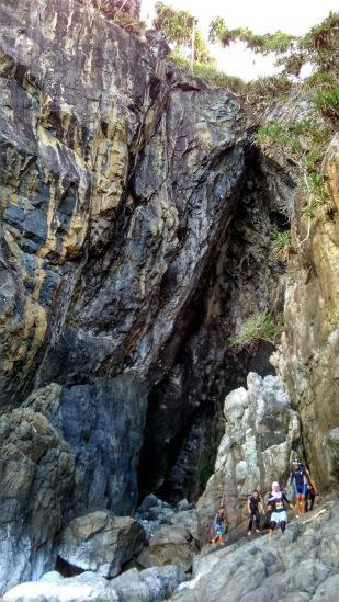 trenggiling-cave-2